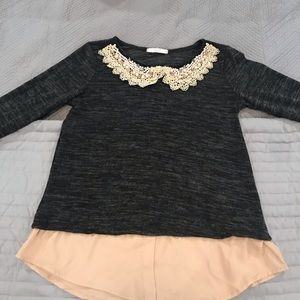 Small long sleeve pearl detail collar top. Grey